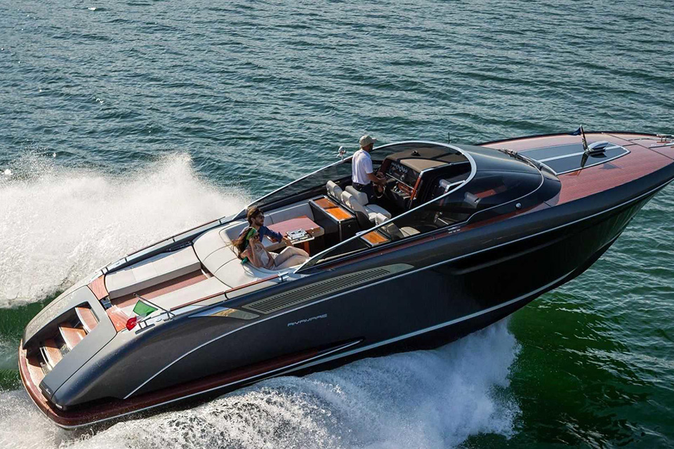 riva-rivamare-luxury-speedboat-004
