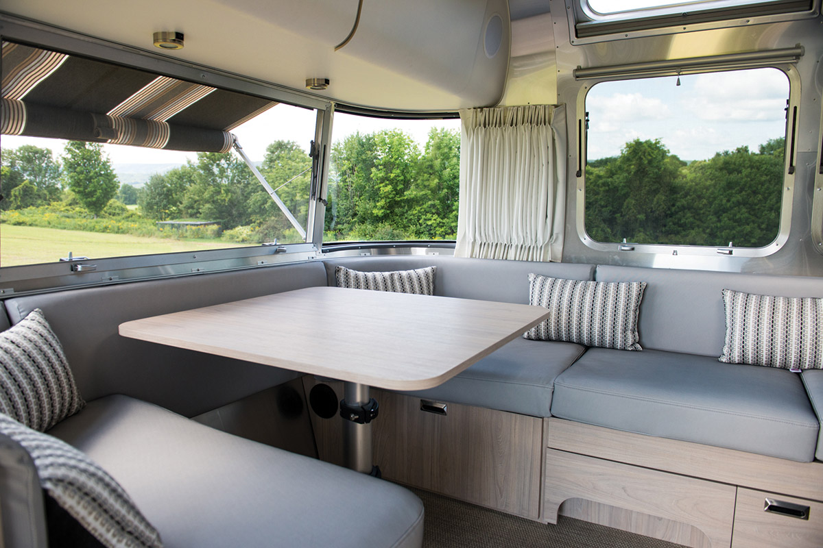 airstream-globetrotter-luxe-01