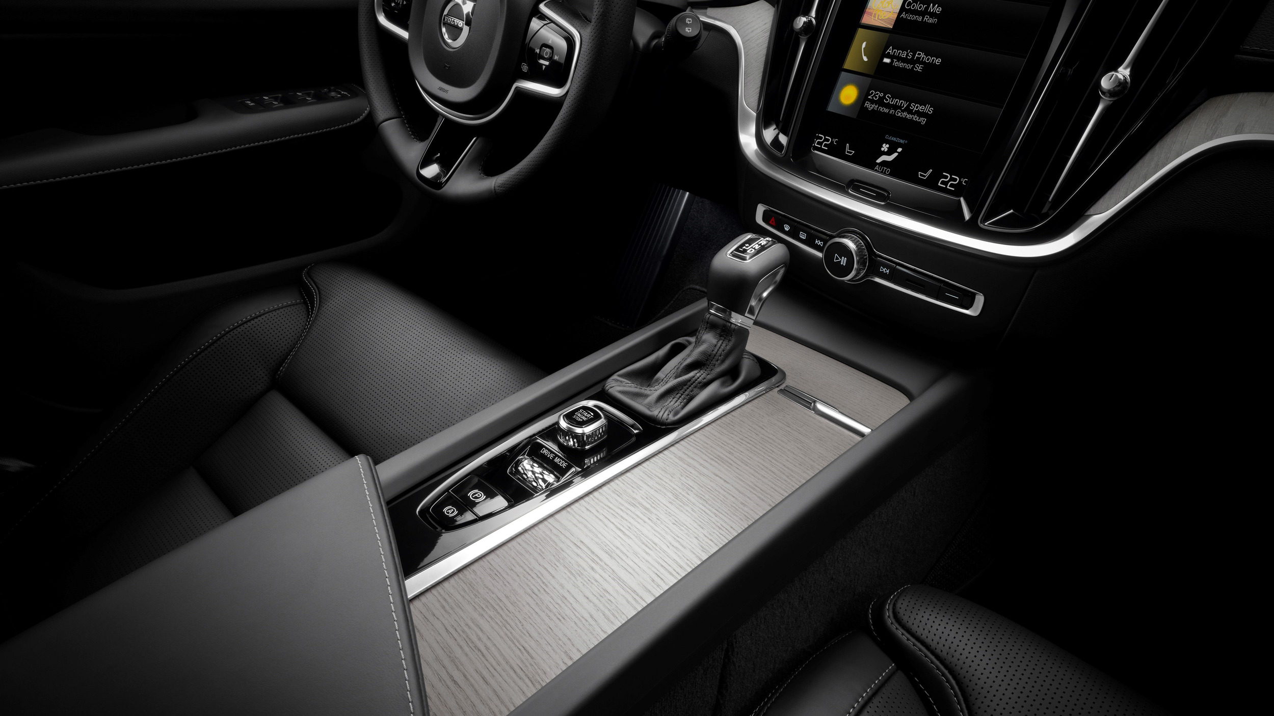 223522-new-volvo-v60-interior-1