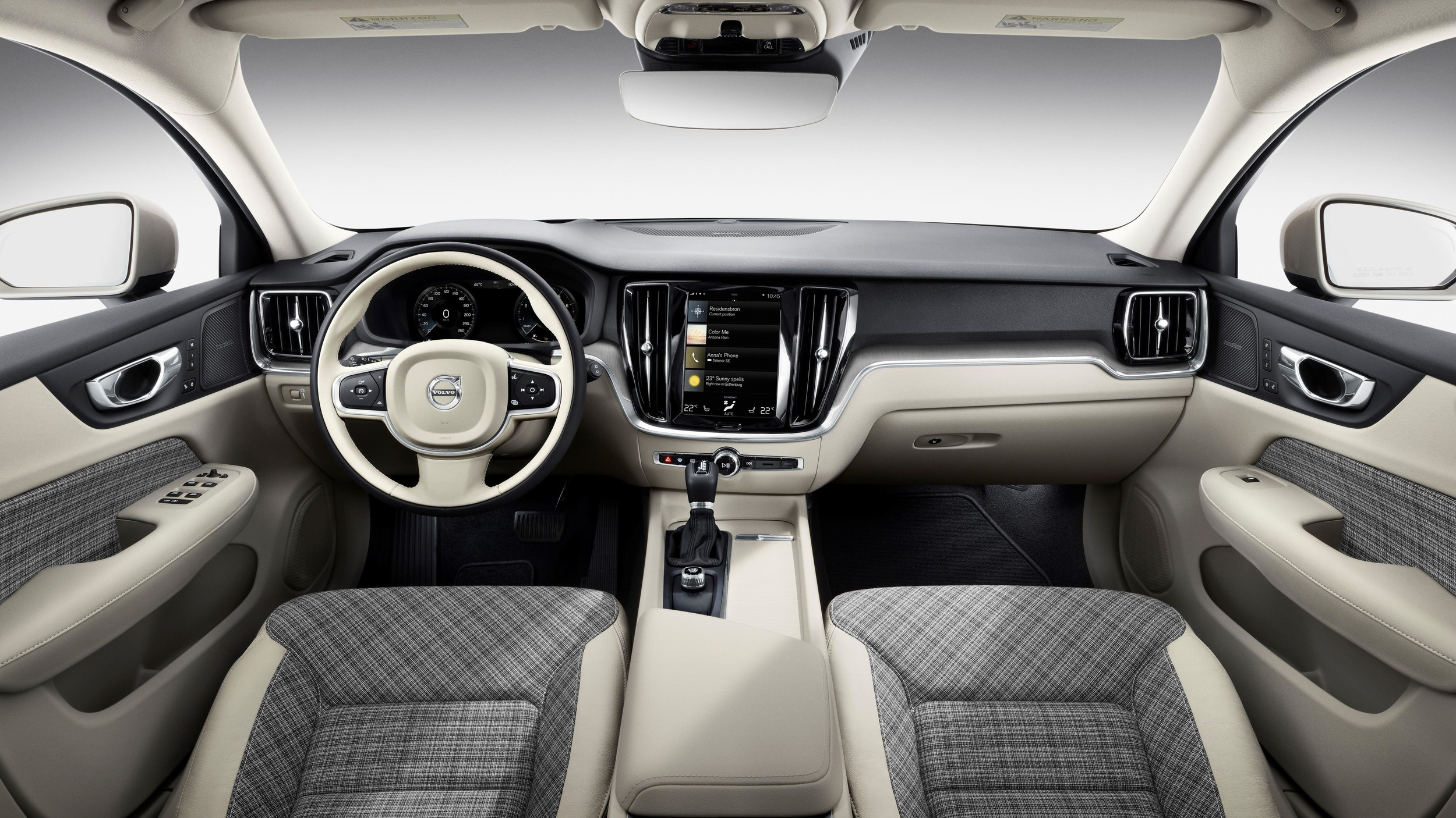 223529-new-volvo-v60-interior-1
