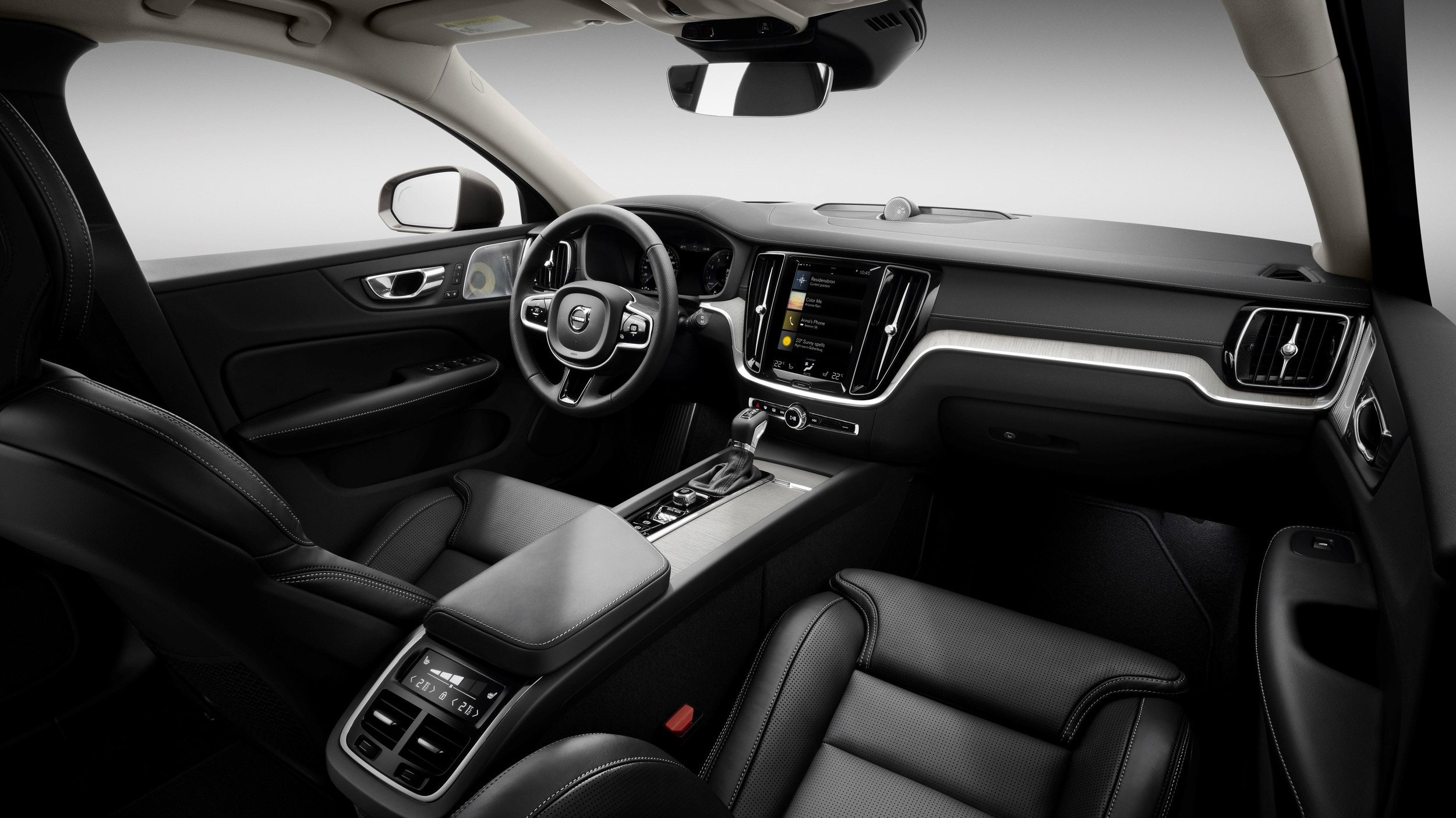 224661-new-volvo-v60-interior-1