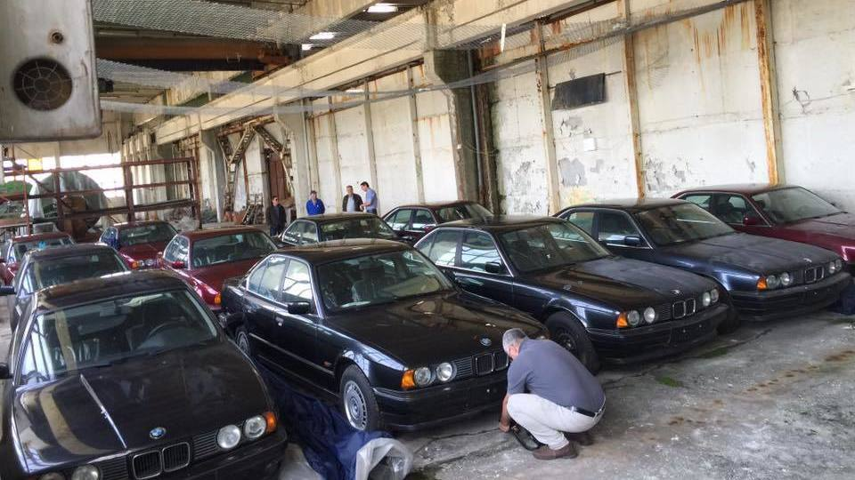 bulgarian-bmw-5-series-barn-finds-2