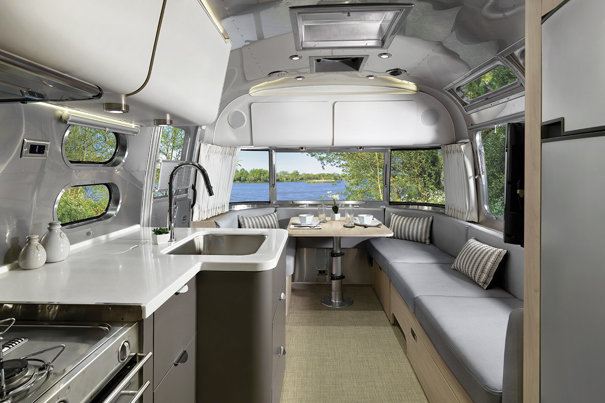 airstream-globetrotter-luxe-03